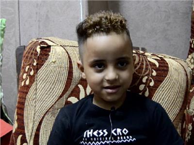 فيديو| «الطفل الباكي»: أتمنى التمثيل مع أحمد السقا ومقابلة محمد صلاح