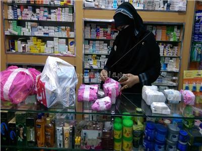 صور| ضبط أدوية مخدرة ومهربة وغلق ٣ صيدليات بمحافظة الشرقية