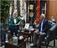 بعد الإسكندرية..وزيرة الصحة تستكمل المتابعة الميدانية لمبادرة فيروس سي ببورسعيد
