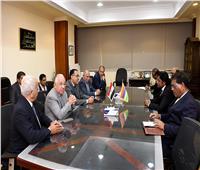 «مدبولي» يبحث مجالات التعاون المشترك مع وزيرالبنية التحتية والنقل بموريشيوس