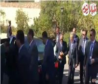 لحظة وصول الرئيس السيسي اليونان للمشاركة في القمة الثلاثية