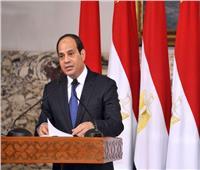 الرئيس السيسي يقدم التحية لقائد الفرقة 19 مشاة بحرب أكتوبر