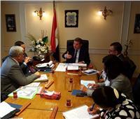 وزير قطاع الأعمال يتابع موقف مشروعات شركة الألومنيوم بنجع حمادي