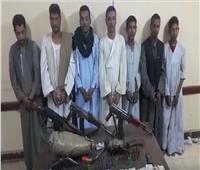 فيديو| ضبط تشكيل عصابى تخصص فى الإتجار بالأسلحة النارية بأسوان