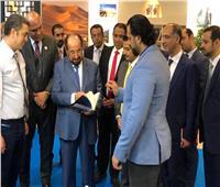 حاكم الشارقة ووزير التعليم يشيدان بجناح مجلس حكماء المسلمين في معرض فرانكفورت