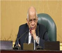 بعد اعتراض الرئيس.. البرلمان يشكل لجنة لدراسة «التجارب السريرية»
