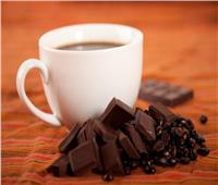 «القهوة والشيكولاته والنبيذ».. 16 طعاما يخفض الإصابة بالسرطان