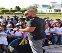 بالصور..محمود العسيلي يتألق في حفل القرية الذكية لصالح أحد البنوك