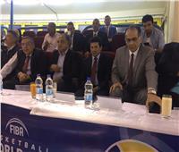 أشرف صبحي يصل استاد القاهرة لافتتاح البطولة العربية للكرة الطائرة