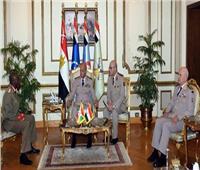وزير الدفاع ورئيس الأركان يلتقيان رئيس قوات الدفاع الوطني البوروندي