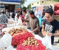 «الداخلية» تضخ 45 طن بطاطس في منطقة وسط البلد بأسعار مخفضة