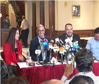 أشرف عبد الباقي يبدأ مؤتمر مسرحيته الجديدة «جريما في المعادي»|فيديو