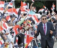حوار  علاء ثابت: 75 ألف مصري استقبلوا الرئيس في برلين