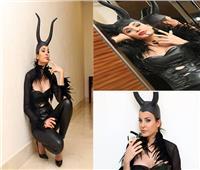 صور| هكذا احتفلت دومينيك حوراني بـ«Halloween»
