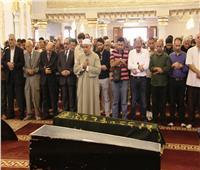 فيديو| تشييع جنازة «حمدي قنديل» بحضور نجوم الفن والإعلام