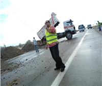 رئيس مدينة مرسى علم يتابع شفط مياه السيول على الطرق