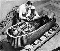 في ذكرى اكتشاف مقبرة «توت عنخ آمون».. 10 صور نادرة لأصغر ملك مصري