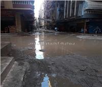 صور| «الصرف الصحي» يغرق شارع «حسن الضو» بفيصل