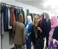 إقبال كبير من الطلاب على معرض ملابس جامعة بنها