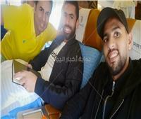 فيديو وصور| أحمد فتحي يحظى باستقبال خاص من جماهير الأهلي