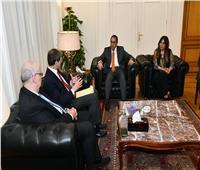 خبراء «البنك الدولي» يشيدون بتجربة مصر في برنامج الصرف الصحي بالمناطق الريفية