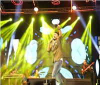 صور| الحفل الأول لـ «تامر حسني» عقب عودته من أمريكا