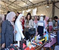 افتتاح معرض للملابس الشتوية بجامعة السادات