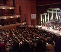 المسرح الكبير «كامل العدد» بحفل صابر الرباعي