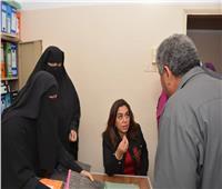 زيارة مفاجئة لمحافظ دمياط تحيل رئيس قرية ومدير مركز طب أسرة للتحقيق