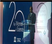 «صقر»: المرأة تشارك بـ 53.8% في البحث العلمي