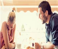 دليل الإعجاب من «أول نظرة».. 8 تصرفات تخبرك