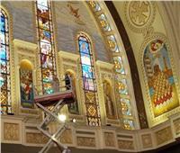 «السلم الميكانيكي» لتسهيل تدشين أيقونات الكاتدرائية