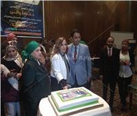 نوال مصطفى تحتفل بعيد ميلادها في ختام منتدى «حياة جديدة»