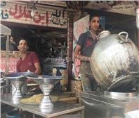 صور وفيديو| فول وفلافل «ابن حلال».. «معاك هتاكل.. ما معكش هتاكل»