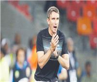 صحيفة: جماهير تونس تطالب بتعيين «كارتيرون» مدربا للمنتخب