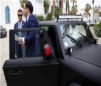 «نداء تونس» يتهم الشاهد بمحاولة انقلاب.. والأخير يرد بركوب سيارة «وطنية»