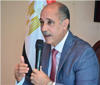 وزير الطيران يتفقد الصالة الموسمية لمتابعة المعتمرين