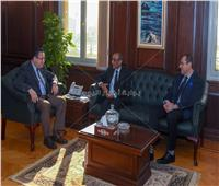محافظ الإسكندرية يبحث مع سفير الهند توطيد العلاقات بين الجانبين