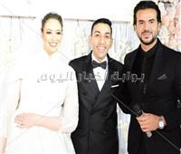 صور| سامو زين يُغني للعندليب بزفاف «جمال ونورهان»