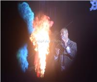 عمرو دياب يختتم حفل كايرو فيستفال بـ«يتعلموا»