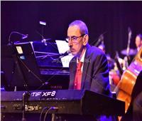 صور| زياد رحباني يتألق بحفل القاهرة بحضور لطيفة وكارول وشيرين ودرة