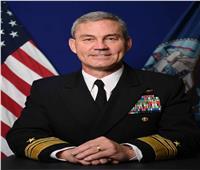 العثور على قائد البحرية الأمريكية بالشرق الأوسط ميتًا بمقر إقامته في البحرين