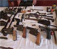 ضبط أسلحة ومخدراتخلال حملة أمنية بشارع مستشفى الصدر بالعمرانية