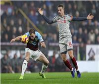 بيرنلي يسجل هدف التقدم في ليفربول