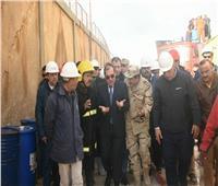 وزير البترول يتفقد موقع حريق شركة الإسكندرية للبترول