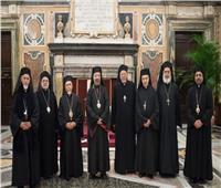 آباء «السينودس الكاثوليكي» يصلون من أجل مصر والكنيسة