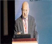 «خبير كبد» يتبرع بـ 10 ملايين جنيه لعلاج الأطفال
