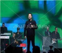 فيديو| عاصي الحلاني ينشر فيديو من حفله بدبي