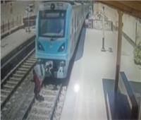 عاجل  انتحار فتاة تحت عجلات مترو الأنفاق بدار السلام