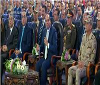 فيديو| الرئيس السيسي: مش معقولة نركب «توكتوك» عشان مسافة 100 متر